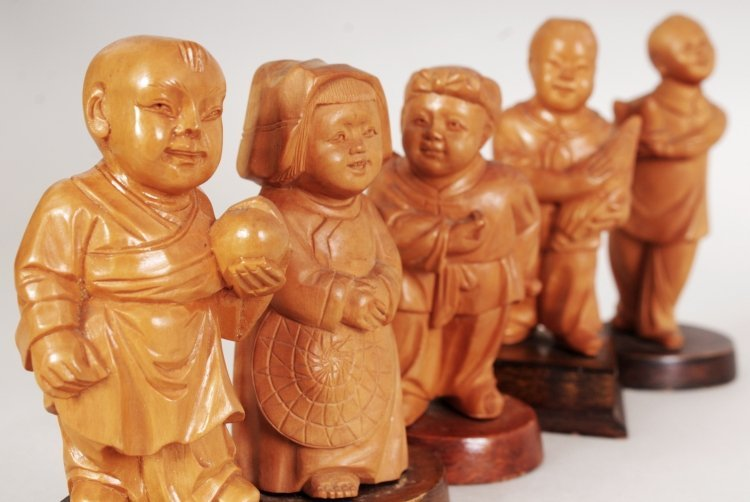 A GROUP OF FIVE CHINESE COMMUNIST PERIOD CARVED WOOD - 5
