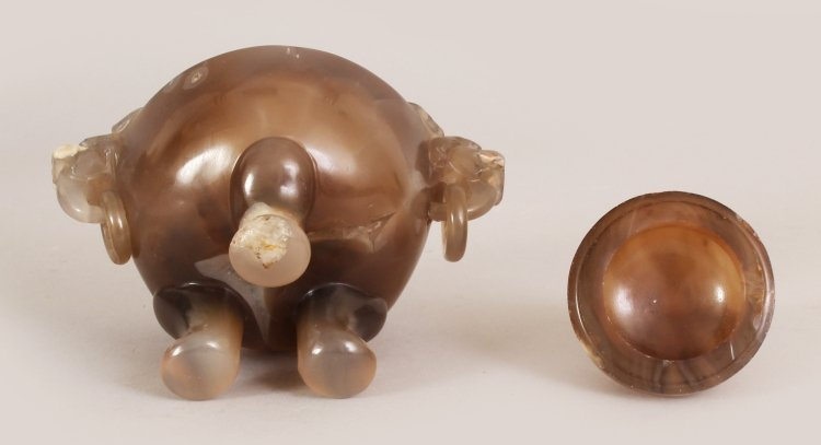 A 19TH/20TH CENTURY CHINESE CARVED AGATE TRIPOD CENSER - 7