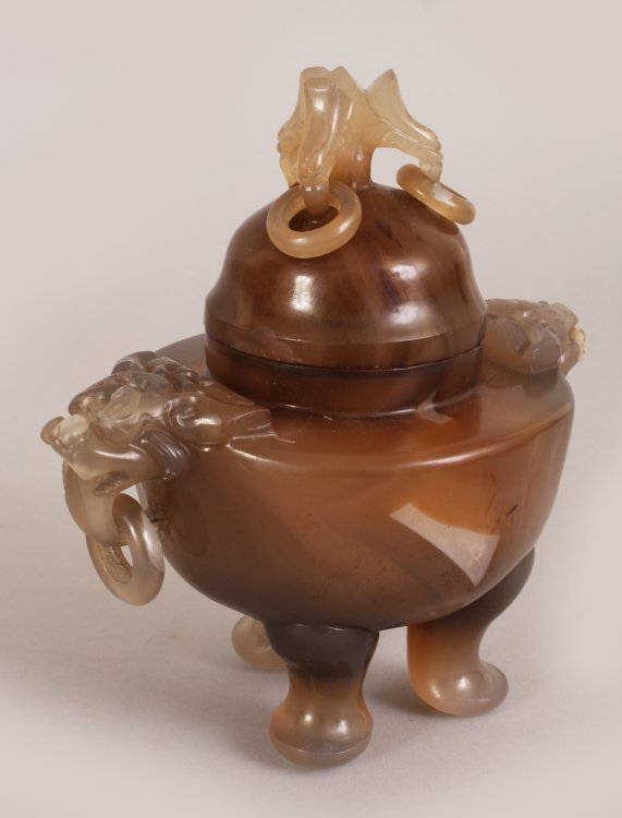 A 19TH/20TH CENTURY CHINESE CARVED AGATE TRIPOD CENSER - 8