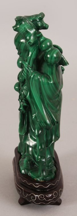 AN EARLY 20TH CENTURY CHINESE MALACHITE CARVING OF SHOU - 4