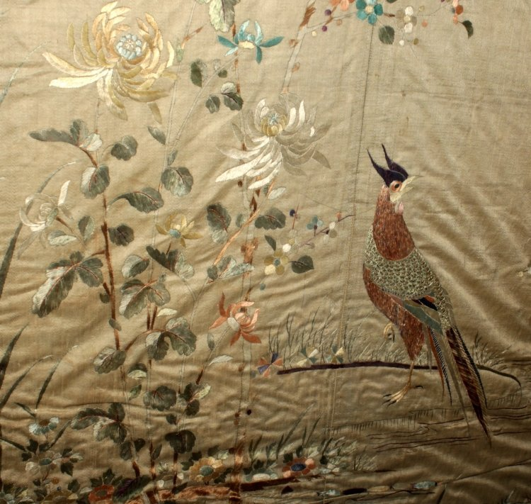 A LARGE FRAMED 19TH/20TH CENTURY SILK EMBROIDERY, - 2