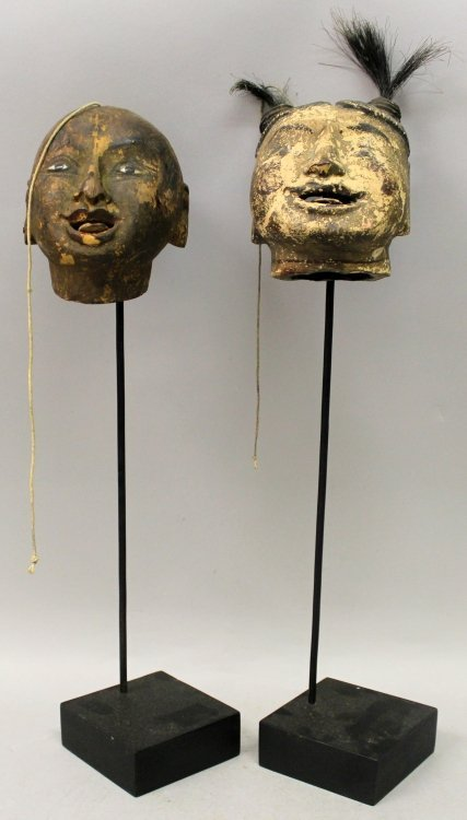 AN UNUSUAL PAIR OF 19TH CENTURY CHINESE LACQUERED WOOD