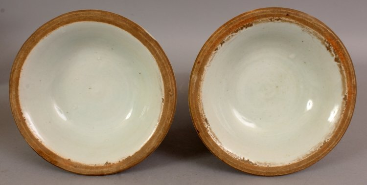 AN UNUSUAL PAIR OF MING STYLE PORCELAIN VASES, each - 8