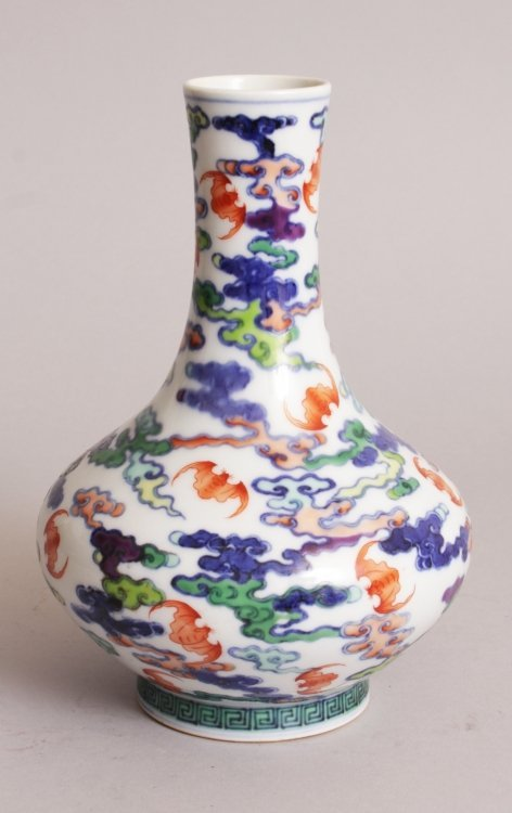 A CHINESE DOUCAI PORCELAIN BOTTLE VASE, the sides - 2