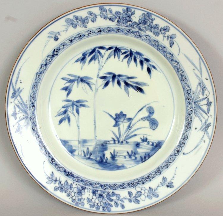 A CHINESE YONGZHENG PERIOD BLUE & WHITE PORCELAIN