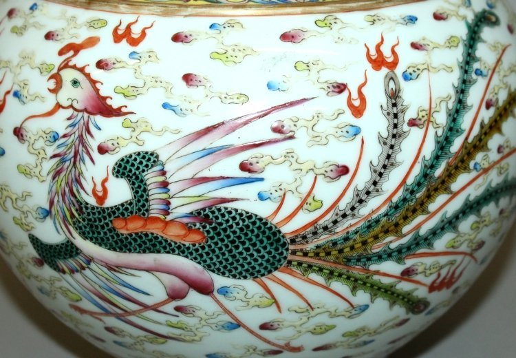 A LARGE CHINESE FAMILLE ROSE DRAGON & PHOENIX BOTTLE - 7