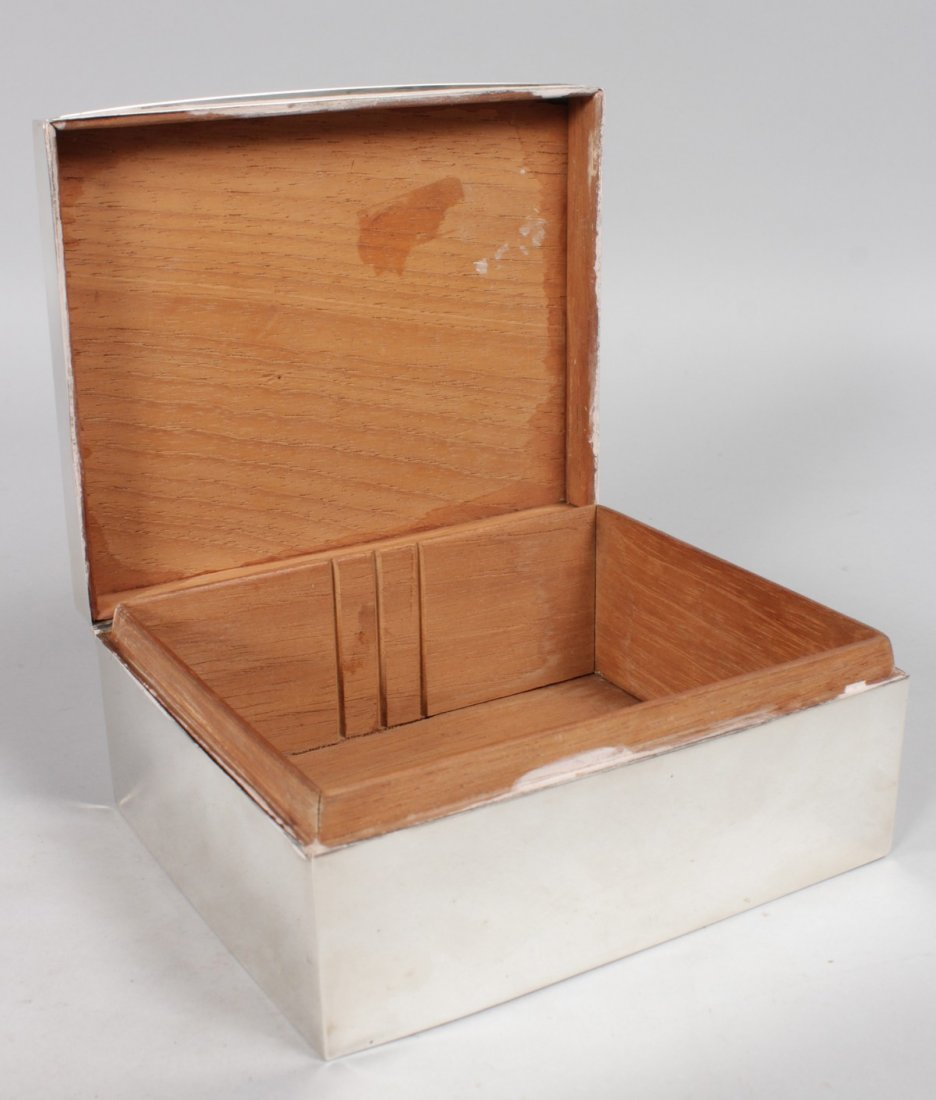 A LARGE PLAIN CIGARETTE BOX with cedar wood lining. - 2