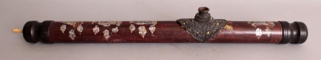 A 20TH CENTURY CHINESE MOTHER-OF-PEARL INLAID WOOD