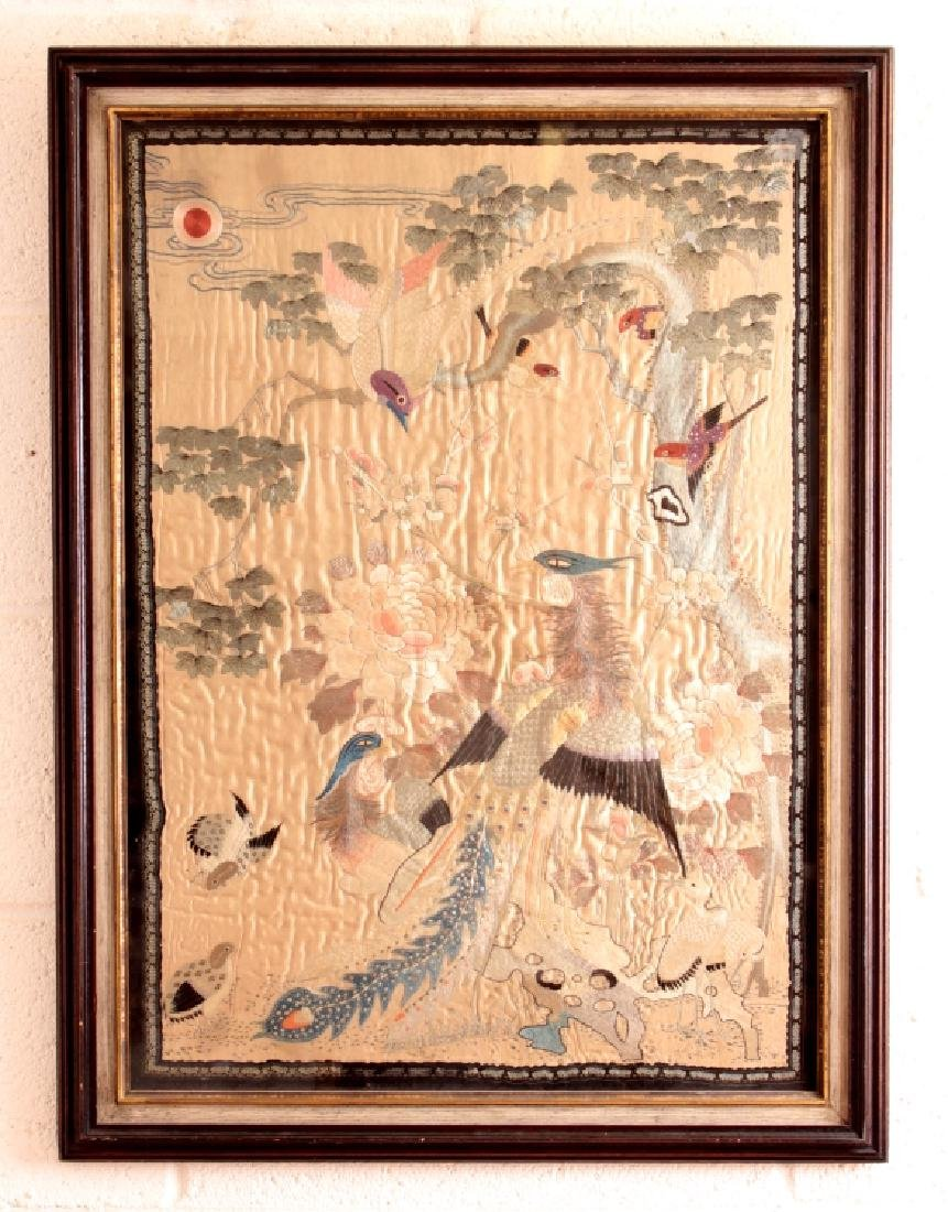 A GOOD QUALITY 19TH/20TH CENTURY FRAMED CHINESE SILK