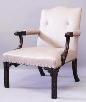 A GOOD 19TH CENTURY CHINESE CHIPPENDALE STYLE MAHOGANY