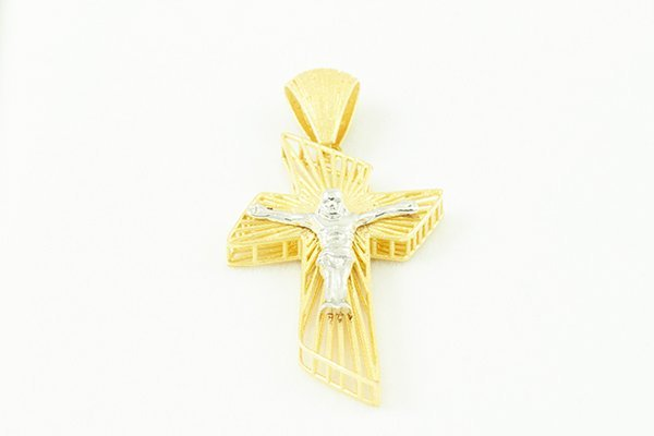 14K T/T Gold Cross Pendant with Jesus' Image in White