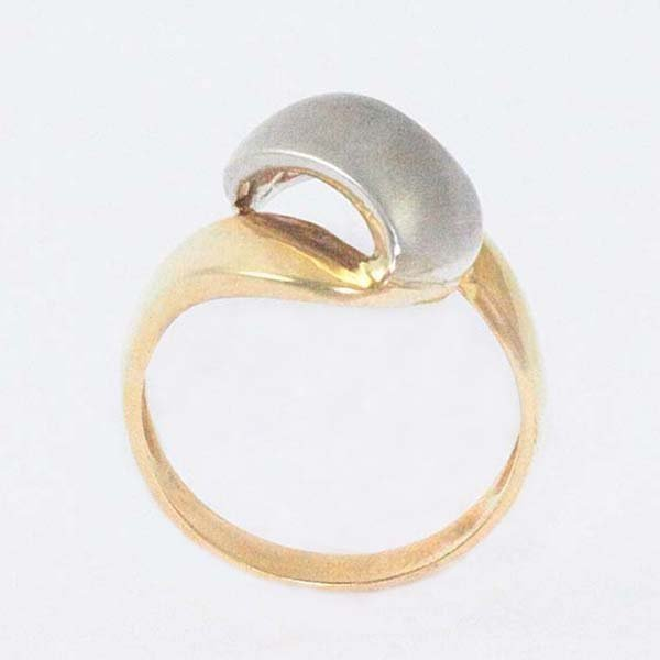 14K Ladies Ring in Two-Tone with a Curved White Top