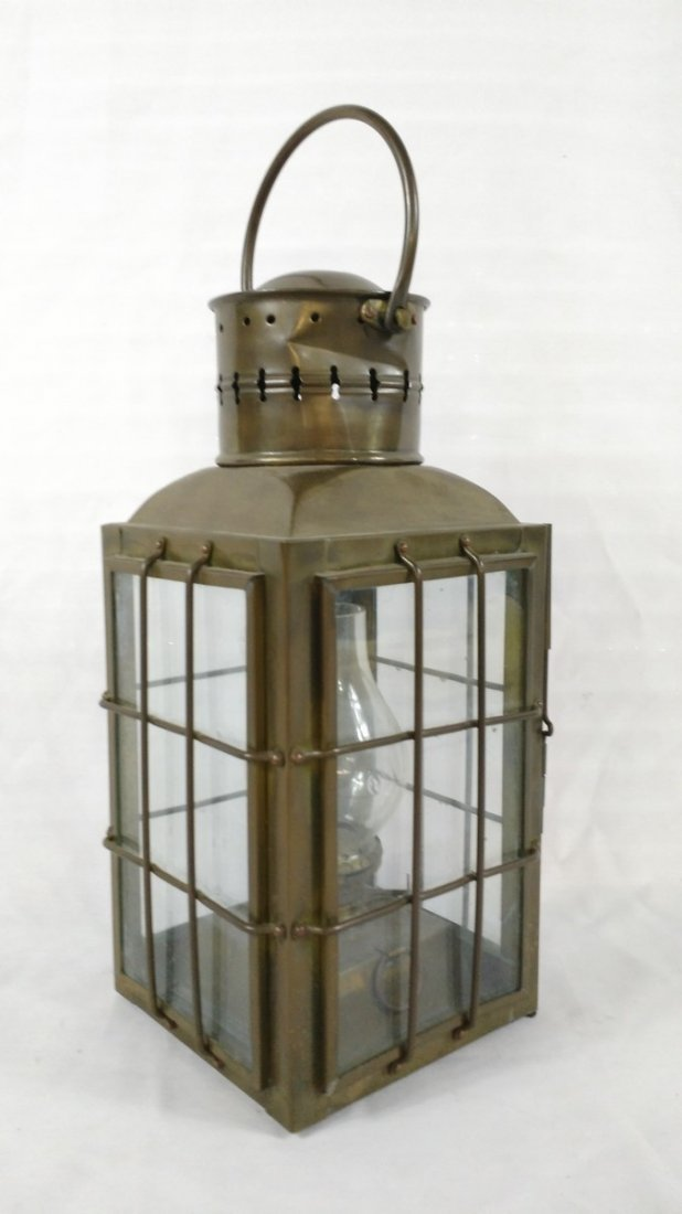 Brass Nautical Chief Light-Oil Lamp - 3
