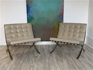Knoll Barcelona Chairs Rare Vintage Original 1960s