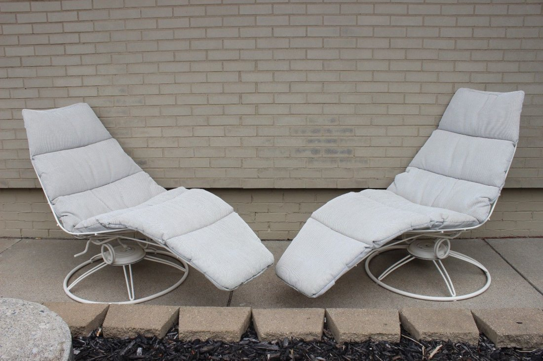 Vintage Pair Of Homecrest Banana Lounge Chairs Retro