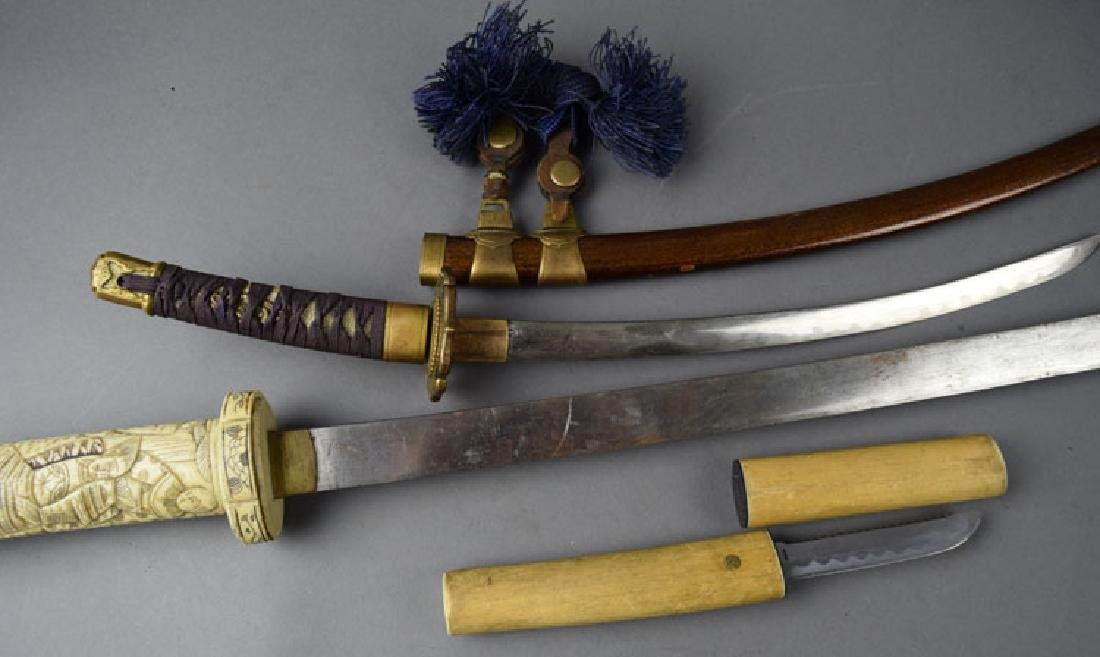 Lot of 2 Japanese Swords and Knife - 4