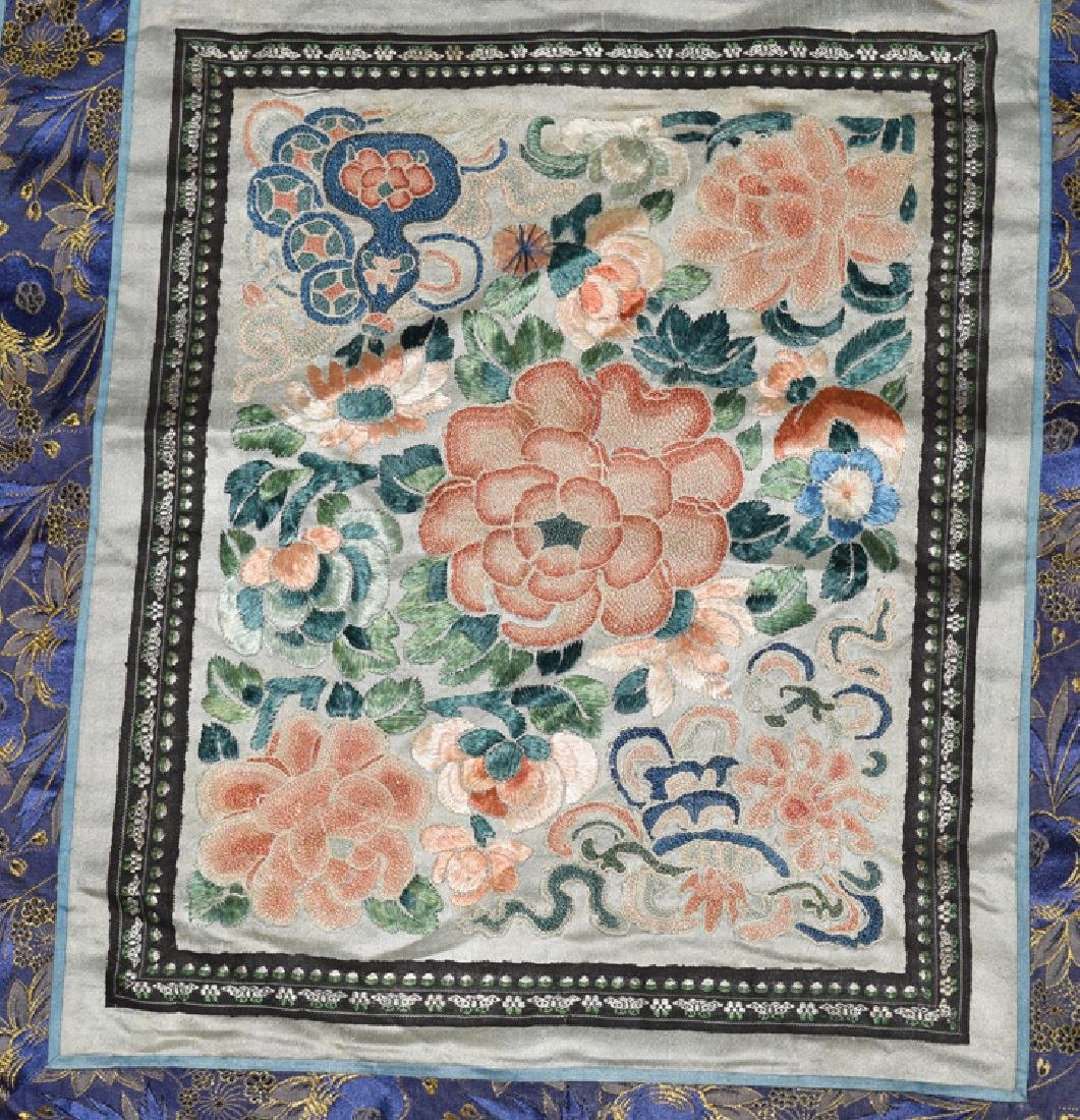 Three Chinese Qing embroidery cover - 4