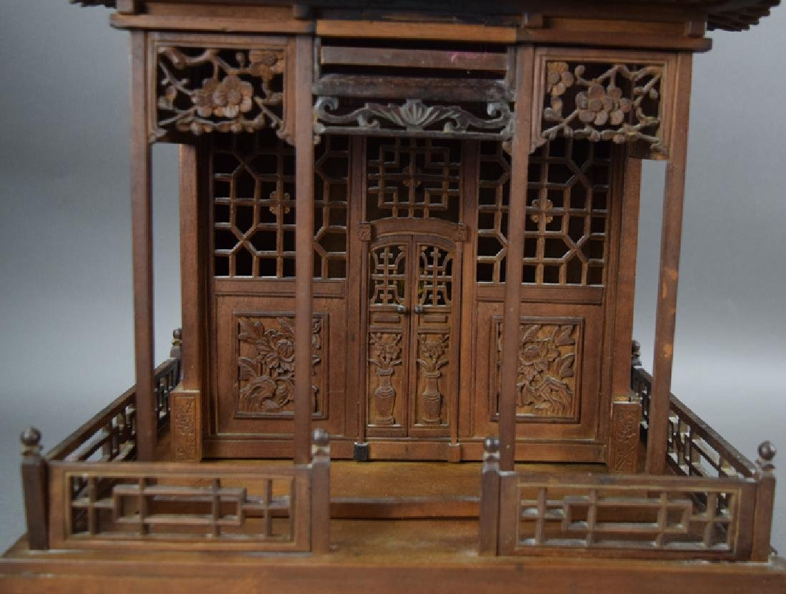 Chinese late Ming-early Qing carved Jinsi Nanmu - 2