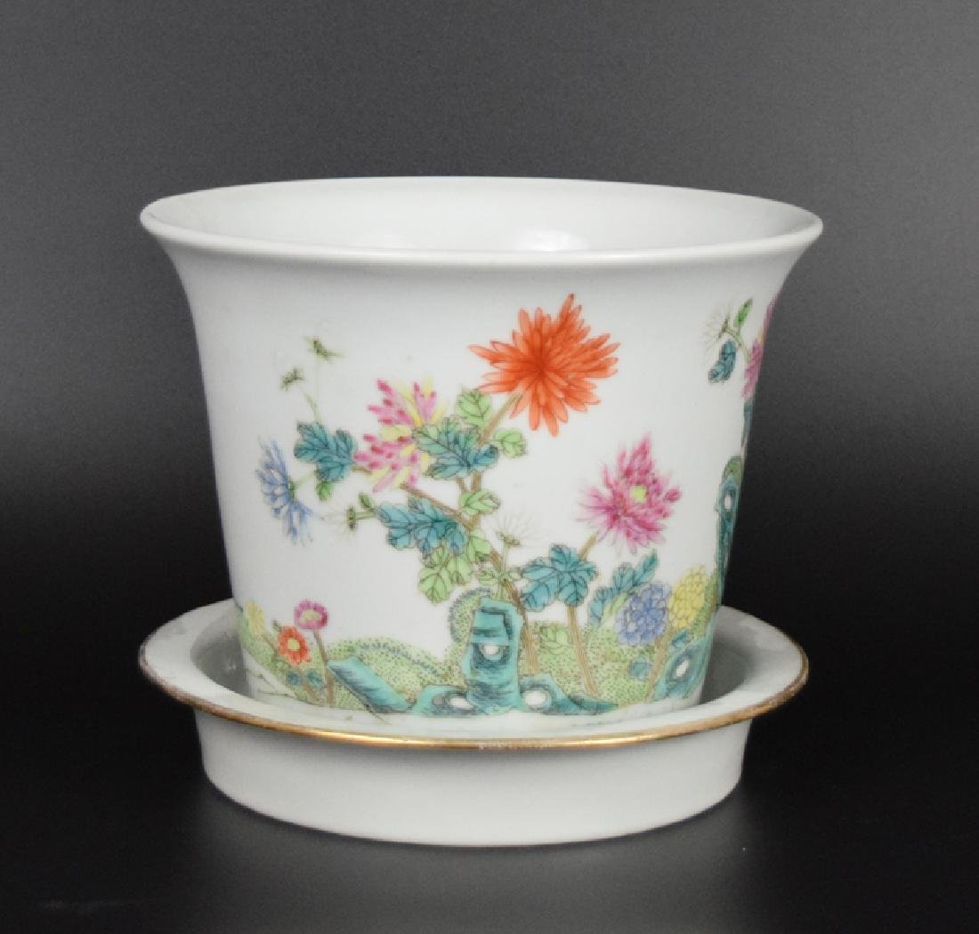 Chinese Republic famille rose porcelain planter with