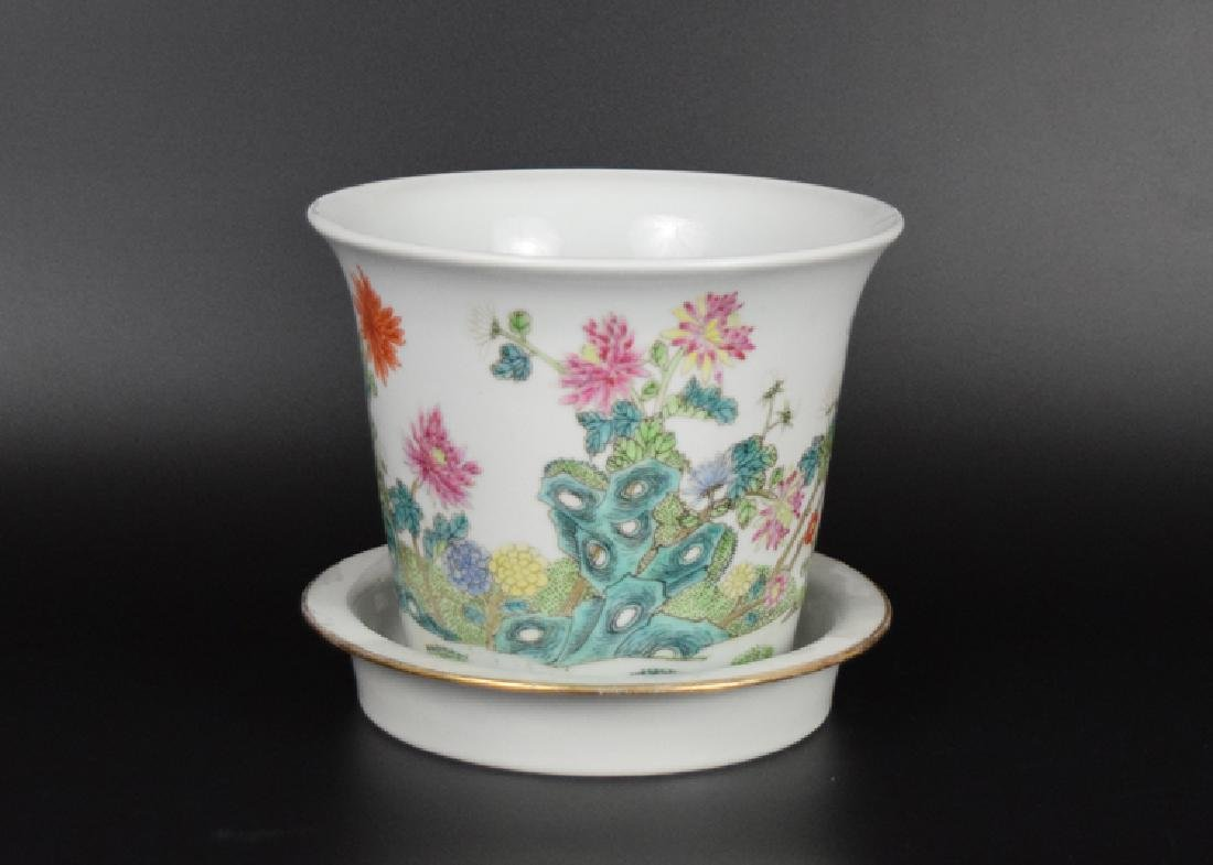 Chinese Republic famille rose porcelain planter with - 2