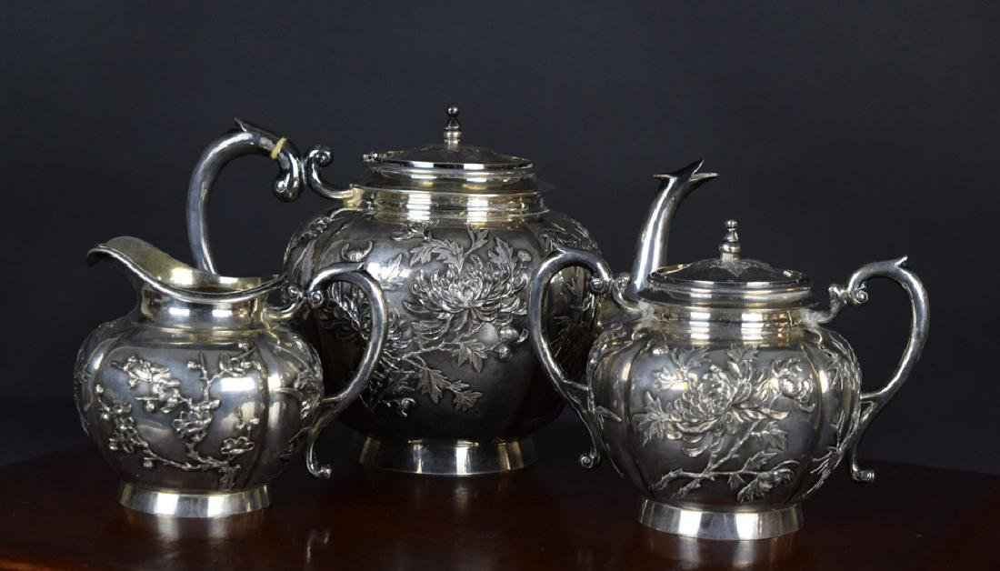 Set of three Chinese Qing sterling silver tea set with - 2