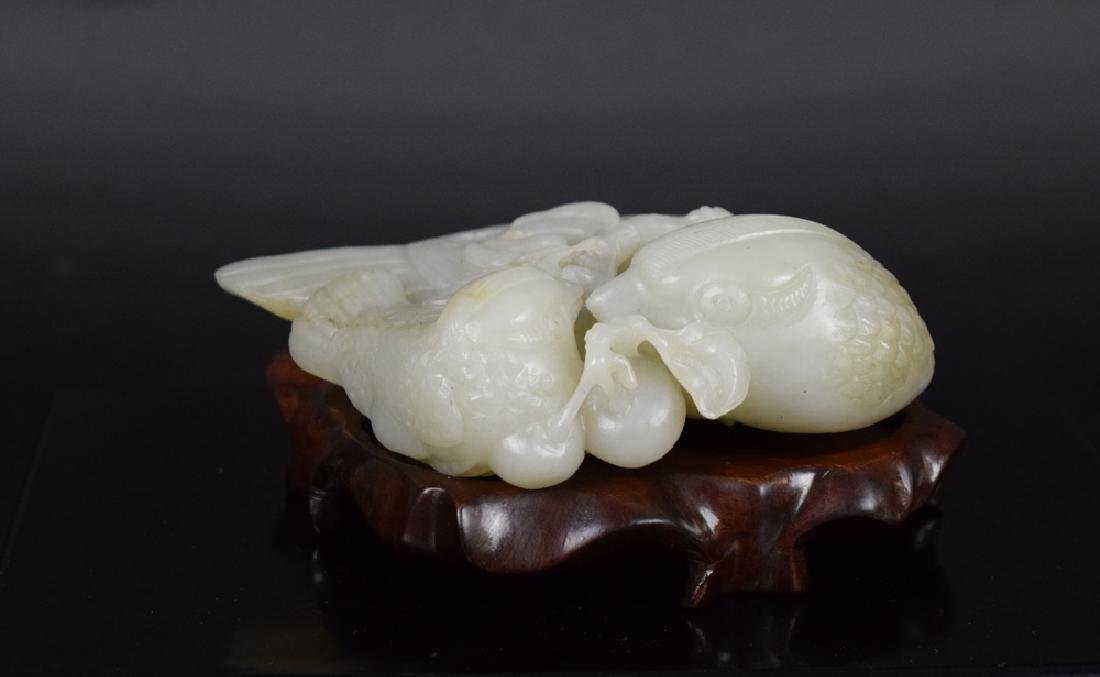 Chinese Qing carved jade double quail
