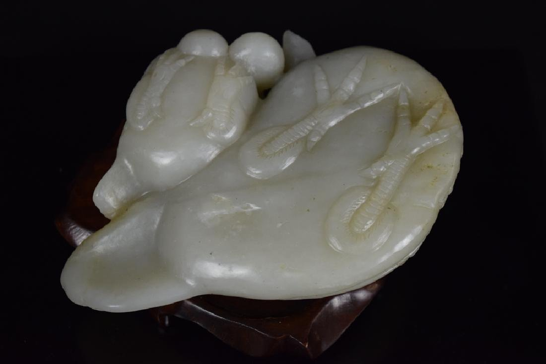 Chinese Qing carved jade double quail - 3