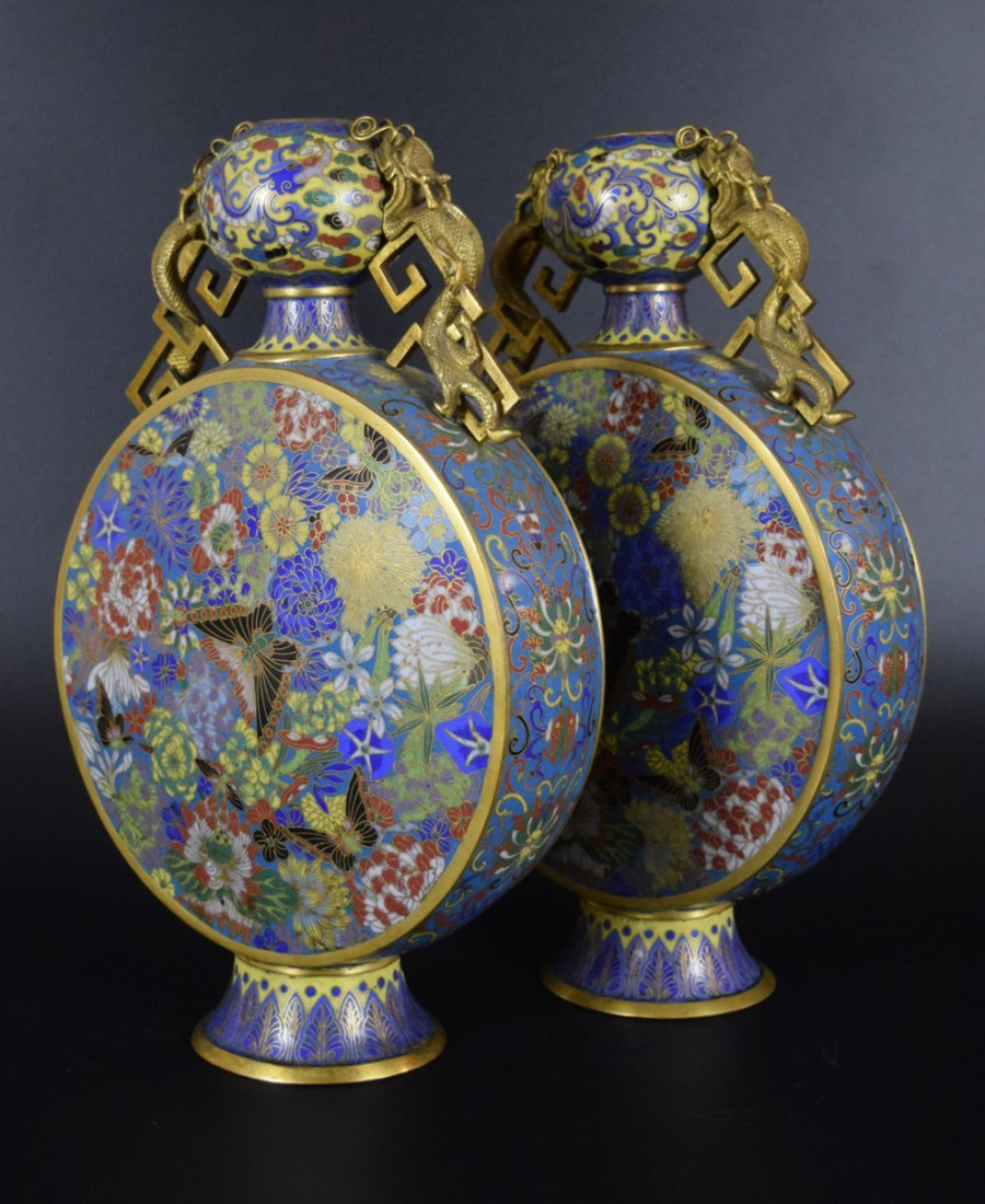 Pr. Chinese Qing cloisonne moon-flask vases - 3
