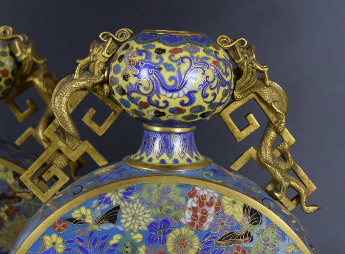 Pr. Chinese Qing cloisonne moon-flask vases - 5