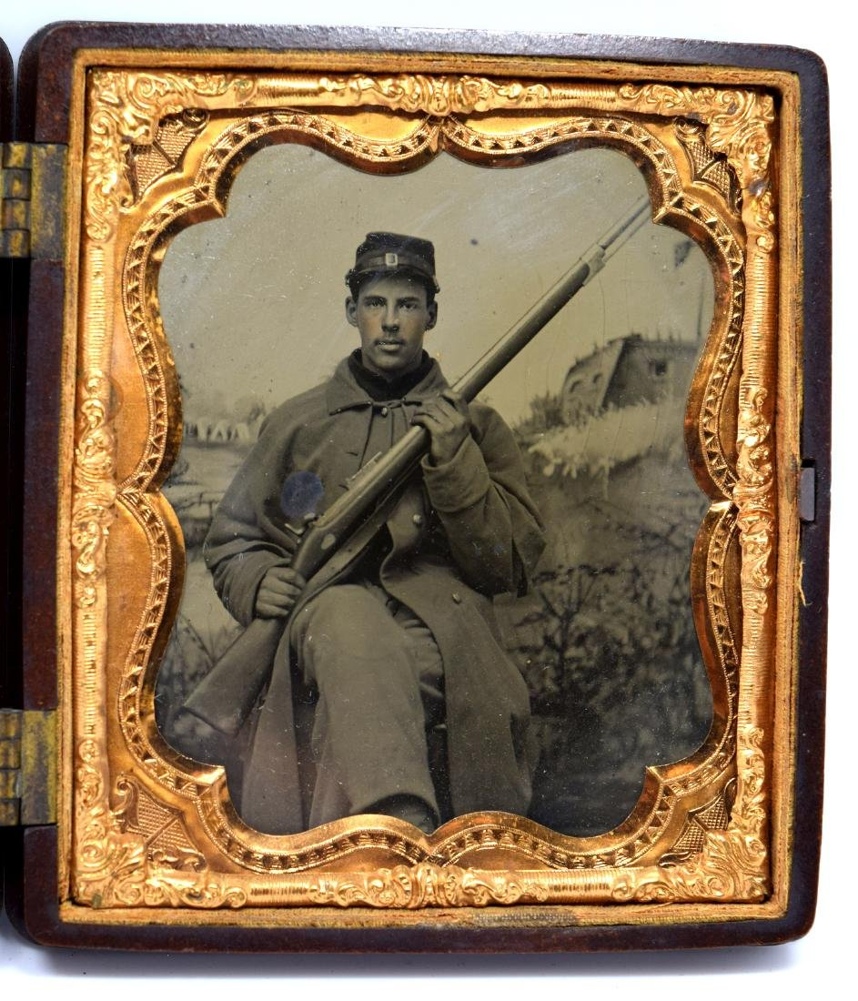 1/6 plate Tintype Image of Yong Civil War Soldier of