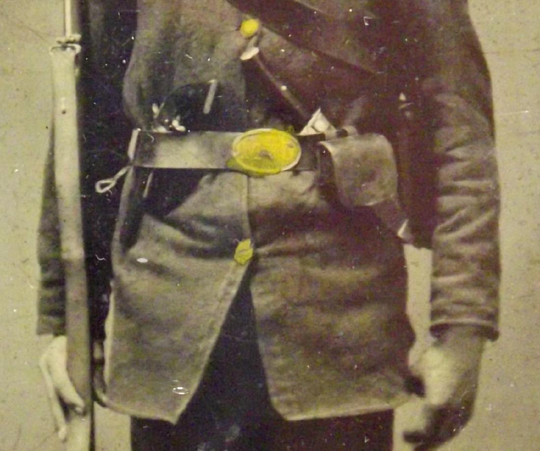 Rare 1/6 plate Tintype Image of Civil War Soldier - 3