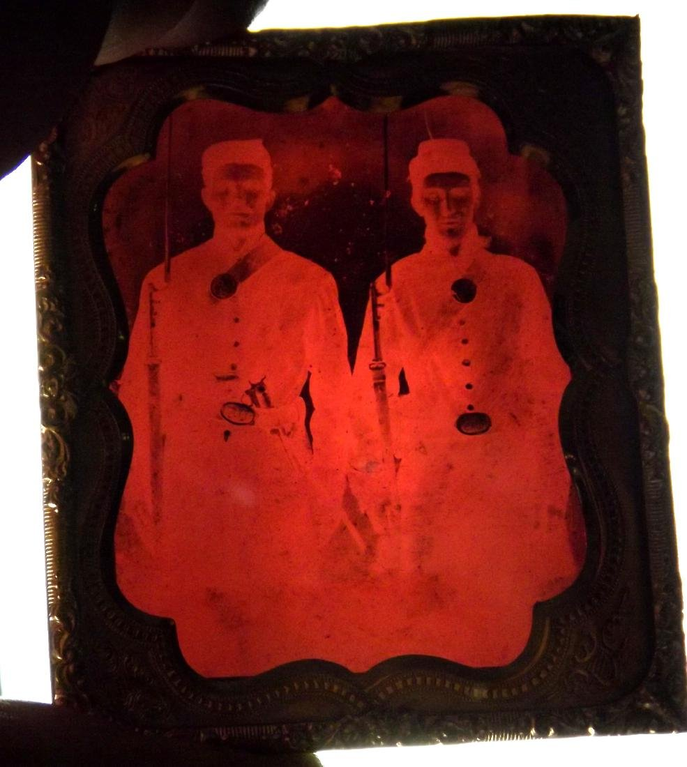 1/6 plate Ruby Ambrotype Image of 2 Civil War Soldiers - 4