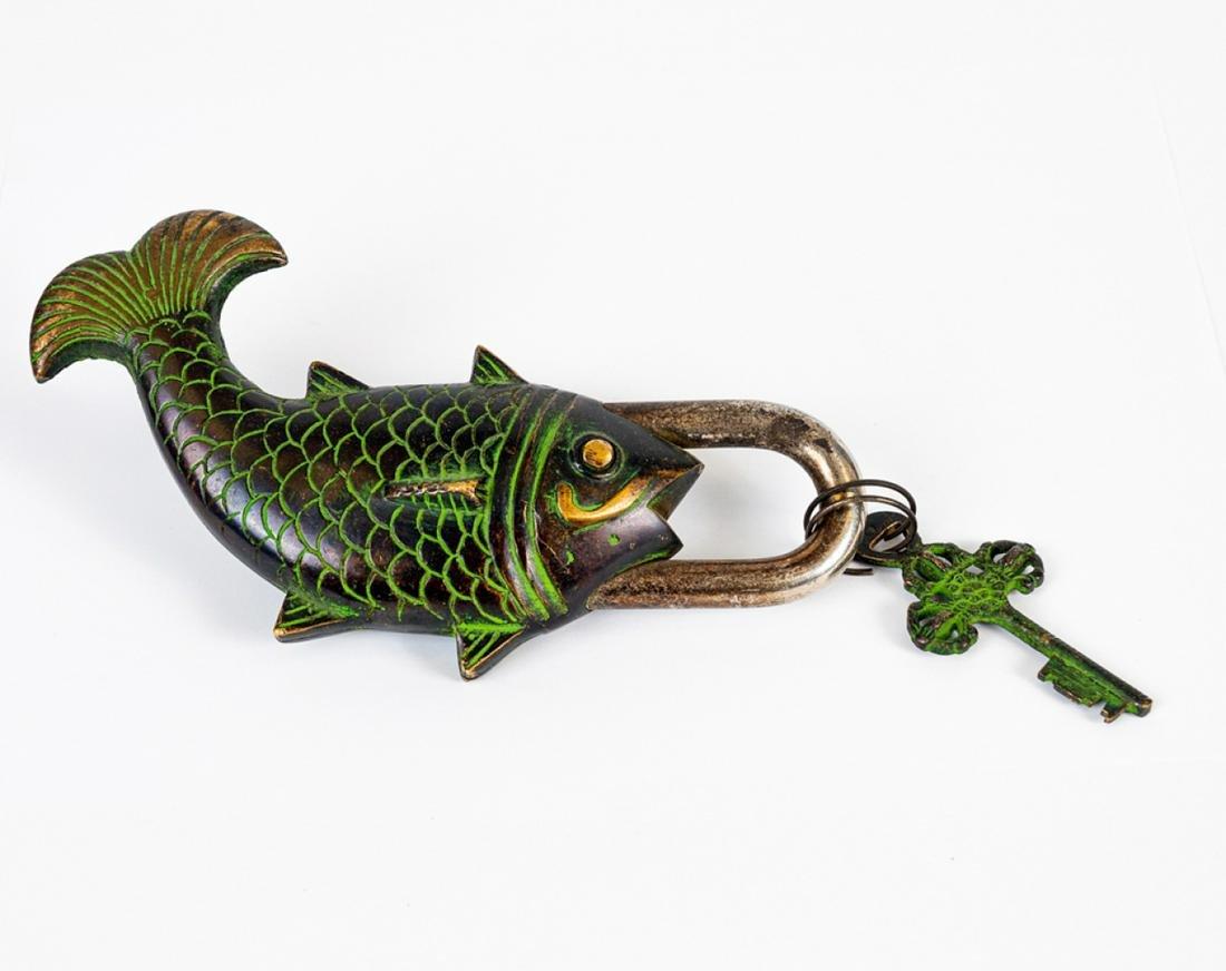 Unusual antique Japanese Meiji period bronze fish lock