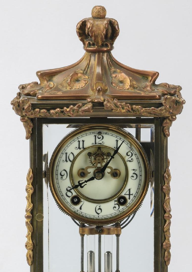 Continental mantel clock, early 20th c. - 2