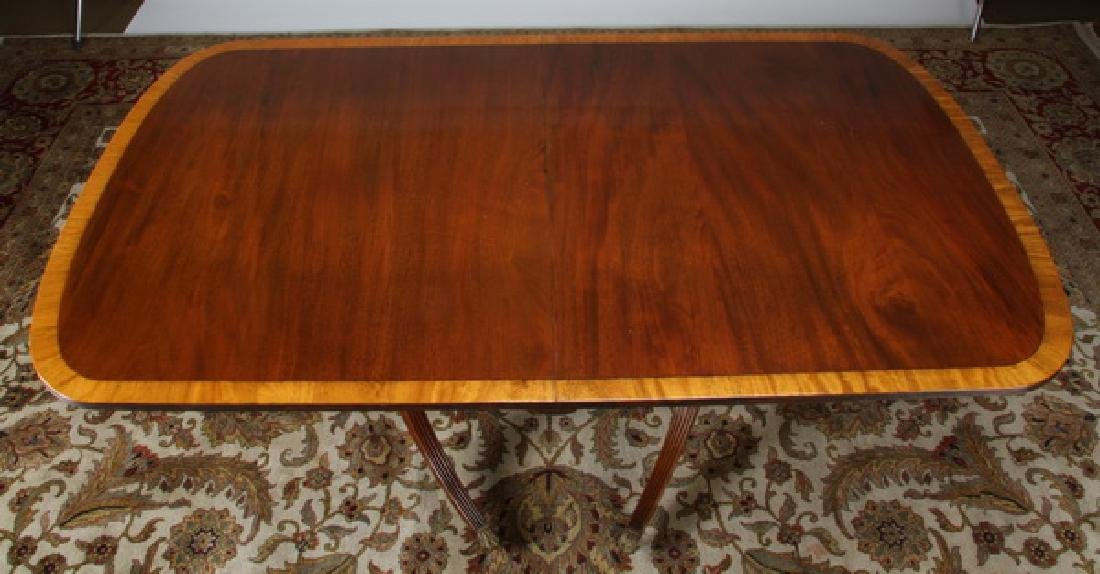 19th c. Sheraton style mahogany table w/ leaves - 3