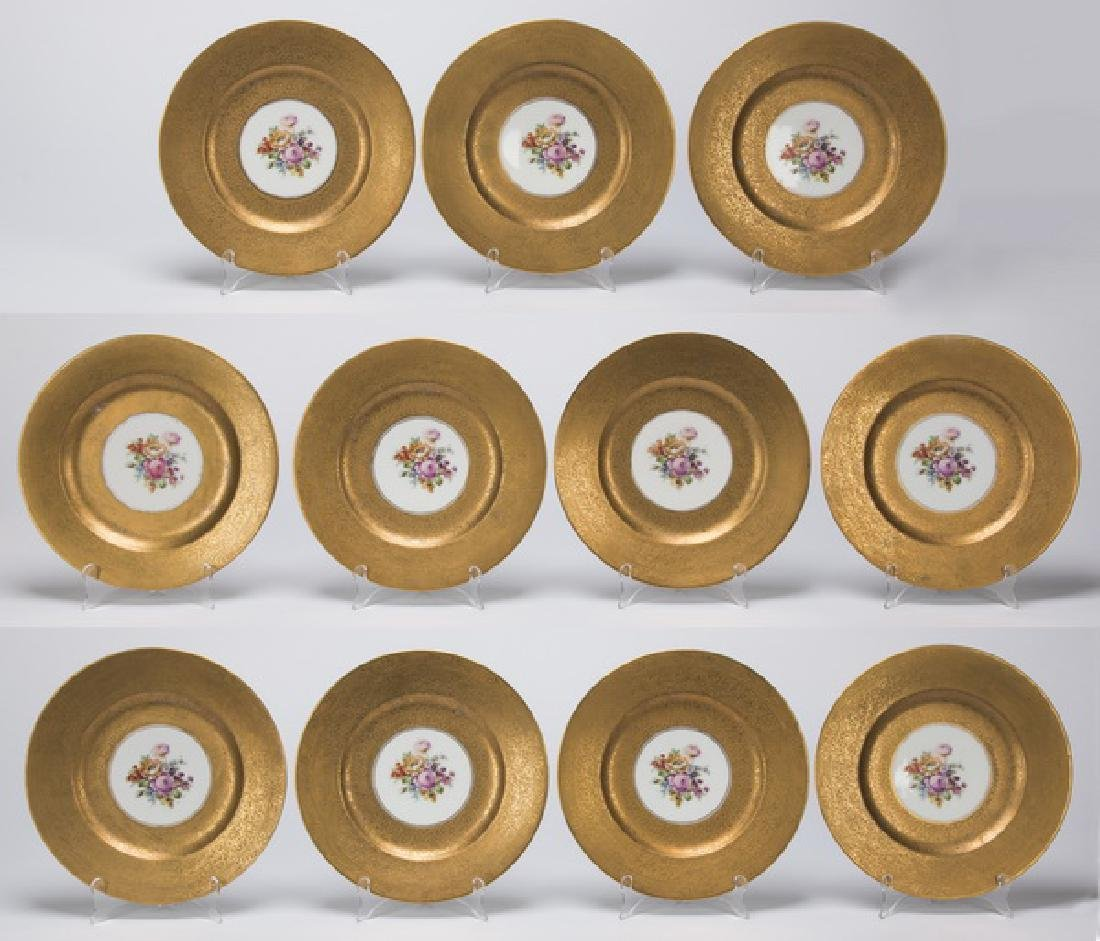 Set of 11 Bavarian porcelain cabinet plates
