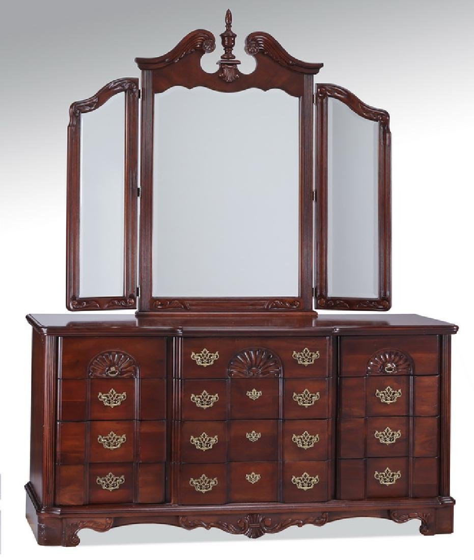Federal style mahogany dresser with mirror