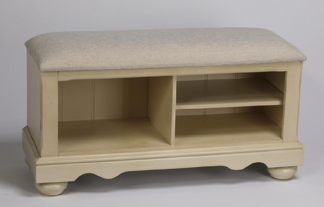 "Contemporary storage bench, 41""w"