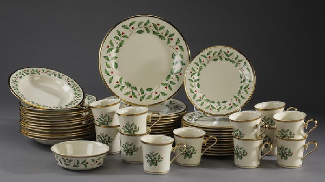 49 Pc Lenox porcelain 'Holiday' dinner service for 12