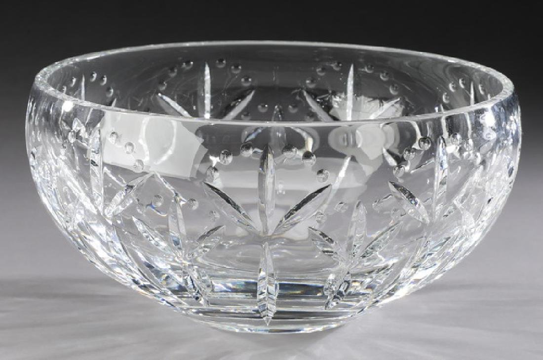 Tiffany & Co. crystal bowl in the 'Lydia' pattern