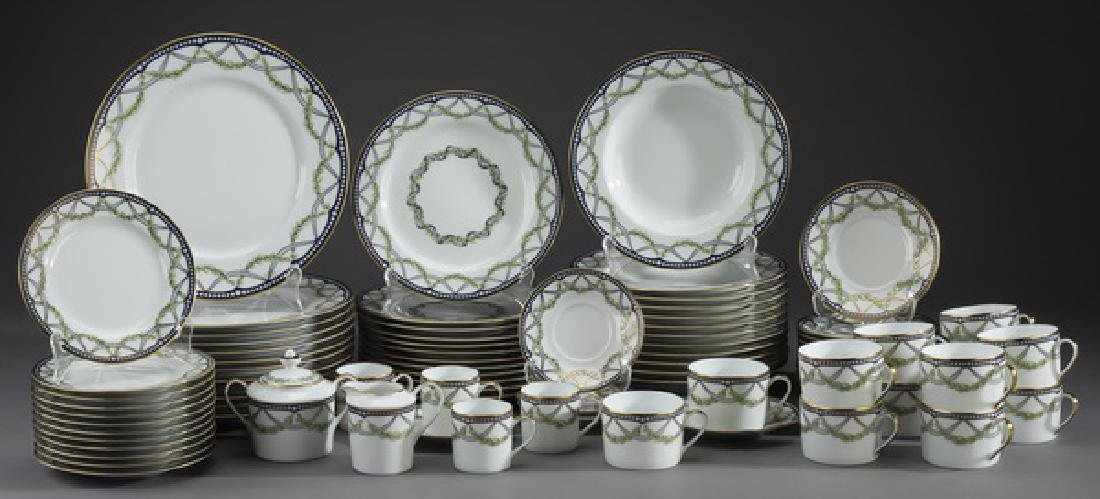 82 Pc Tiffany & Co porcelain 'Federal' dinner service