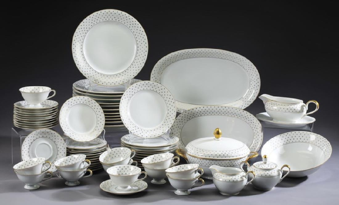 Royal Castle China service for 12 in 'Golden Dream'