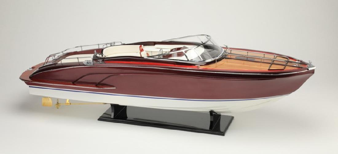 "Riva Rivarama E.E. model speedboat on stand, 35""l"