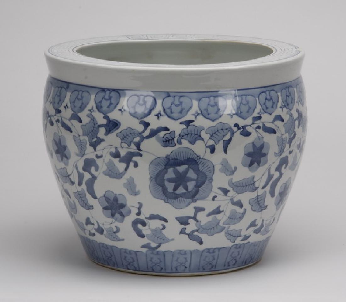 """Chinese export ceramic fishbowl, 15""""w"""