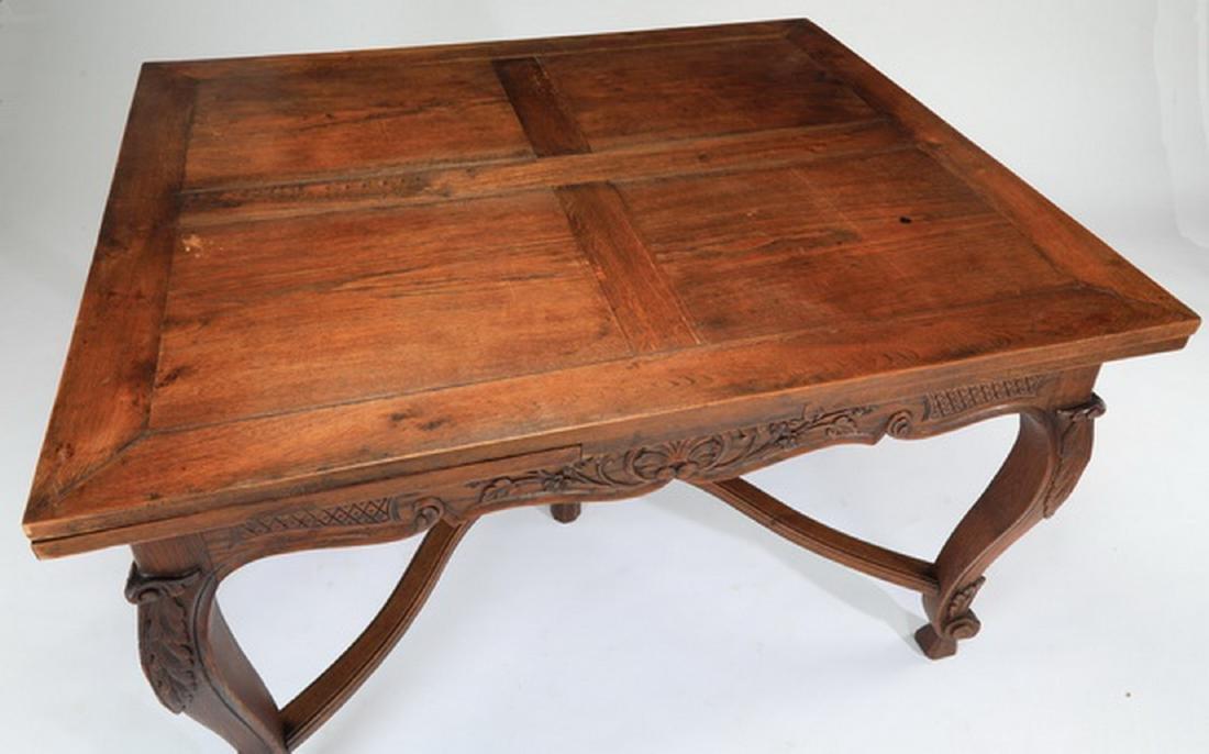 19th c. French Provincial oak draw leaf table - 2