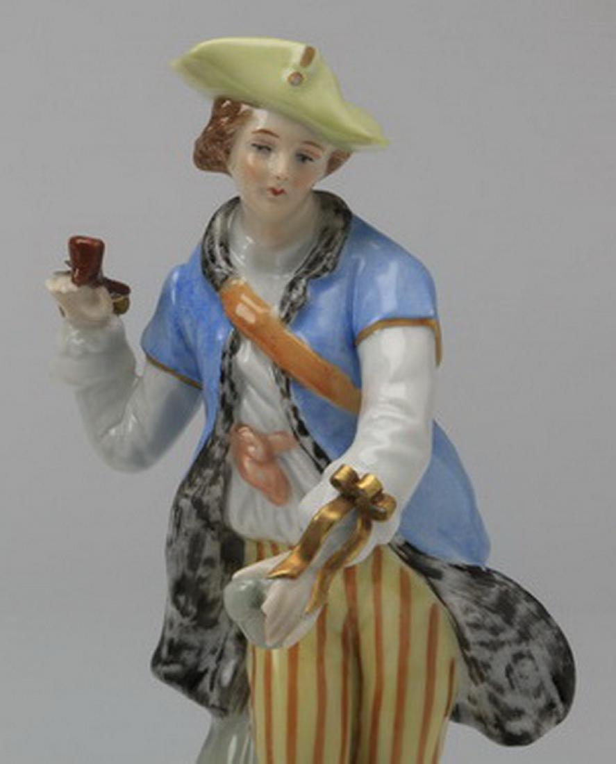 19th c.. Capodimonte figure of a traveler - 2