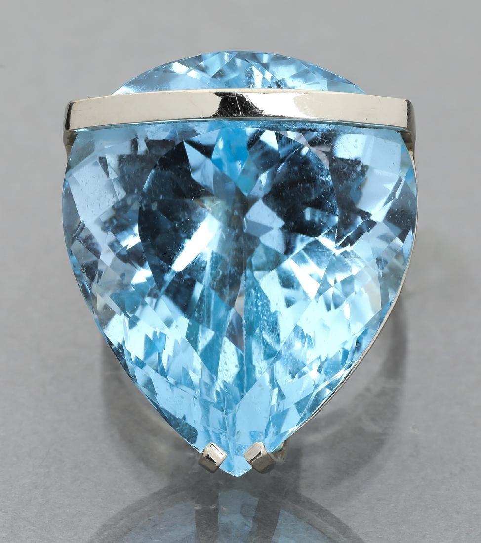 91.15 carat blue topaz and 14k statement ring - 3