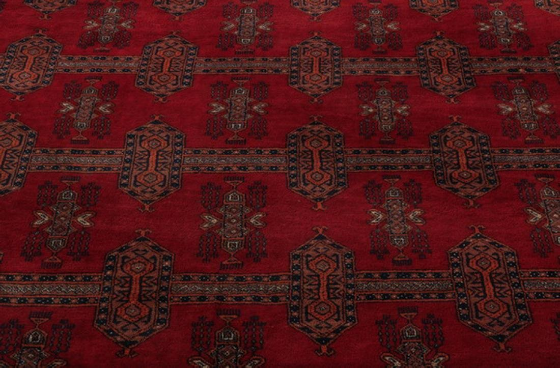 Finely hand knotted Persian wool rug, 9 x 12 - 2