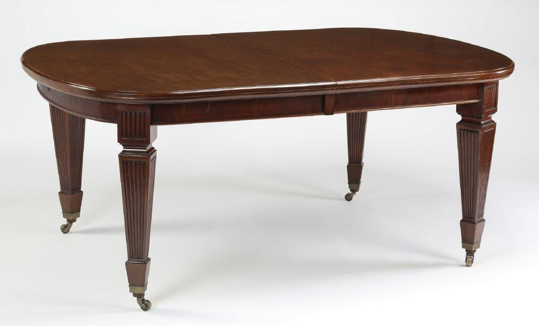 Banquet size 19th c. English mahogany table w/5 leave - 2
