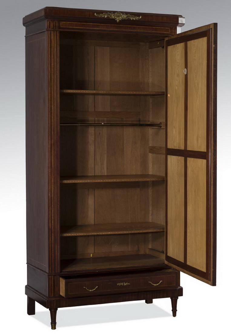 Early 20th c. French beveled mirror armoire - 2